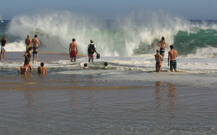 This shot gives a good idea of the swell's push.  The little kids were loving it – hard to imagine their experiences from this day not being etched into their memories for all time.
