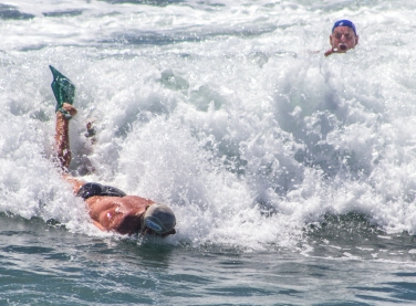Mark Cunningham taking Prone Form to the beach at the end of his heat at WBC 14
