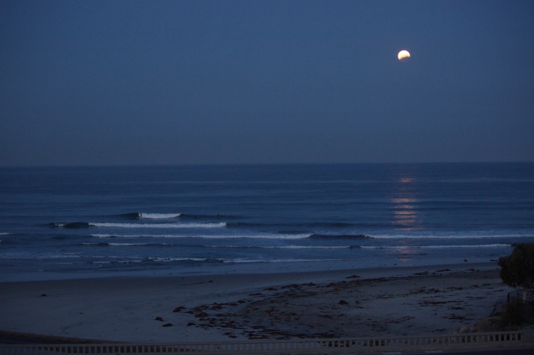 Total Lunar Eclipse on the morning of April 4th.