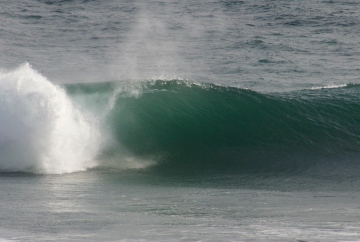 Unruly, 25 second surf.