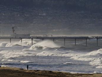 Major storm surf- Jan. 31, 2016
