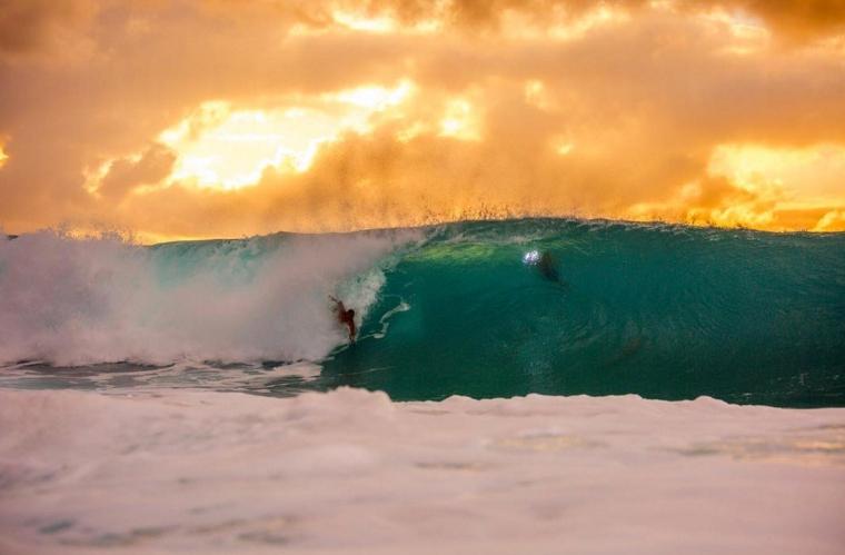 Hawaii- Rider: @mahalokealii Photo: @phiiirrrip